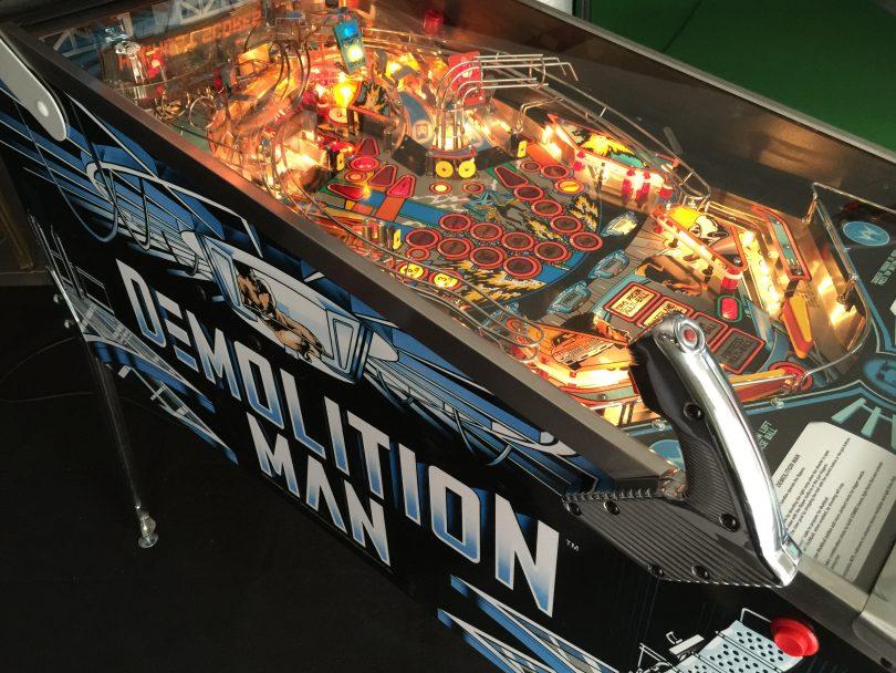 Demolition Man in all it's glory! – Pinball PT